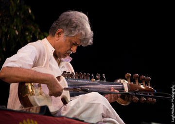 Dr. Rajeev Taranath - sarod  player